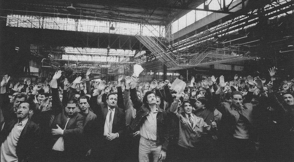 3_Mayıs_1968_Renault_fabrikasında_işgal_oylaması2.jpg